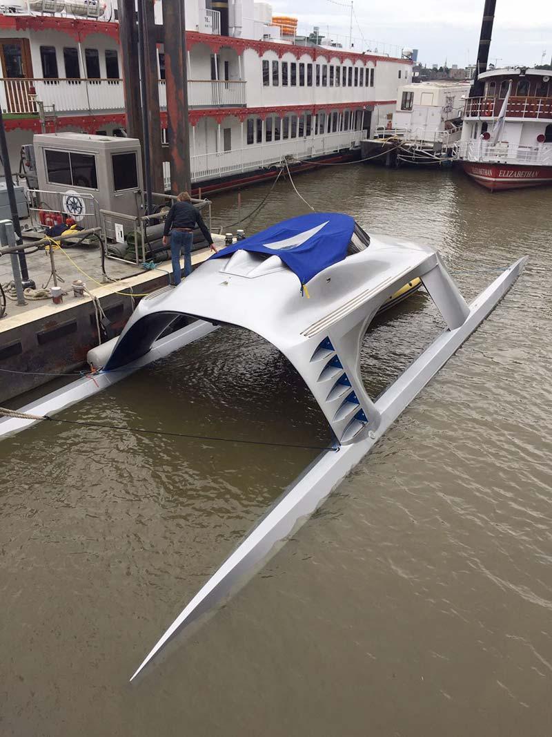 glider yacht river thames livett's