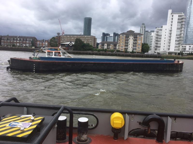45 millharbour livett's alfie tug barge