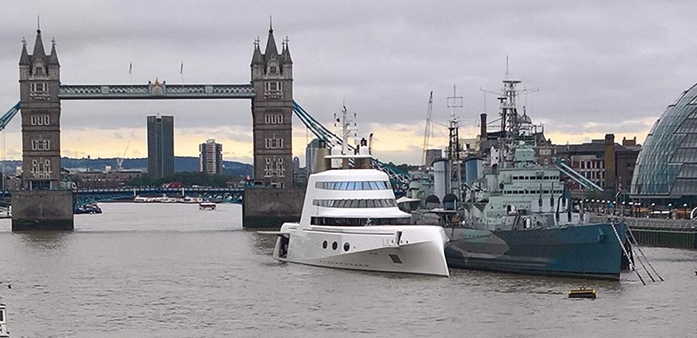 motor yacht a river thames