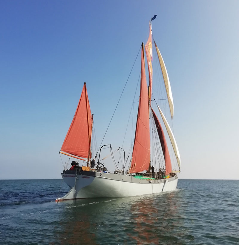 sea-change thames sailing barge blue mermaid