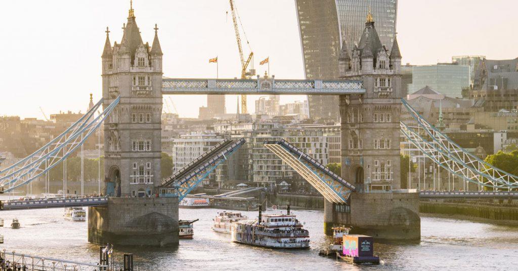 dixie queen tower bridge