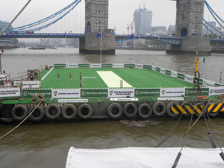 dart flat top pontoon river thames livett's